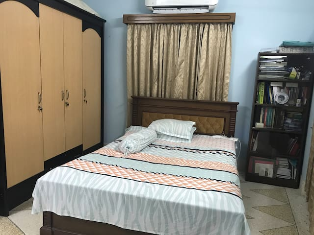 A home u want to spend quality time near Mirpur 14