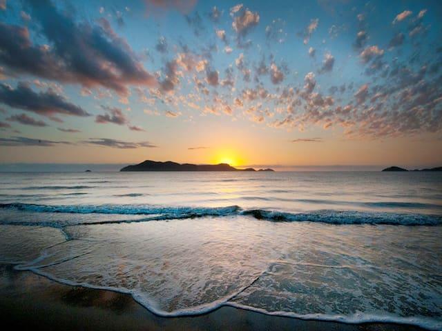 Koda Beach Bungalow (5) - Driftwood - Wongaling Beach - House
