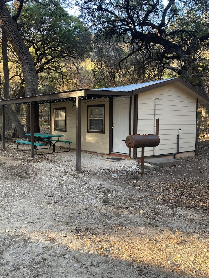 GET YOUR FRIO ON - CABIN 1