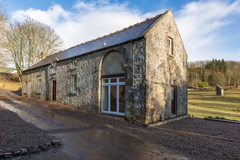 The Stables - Near St Andrews Sleeps 10
