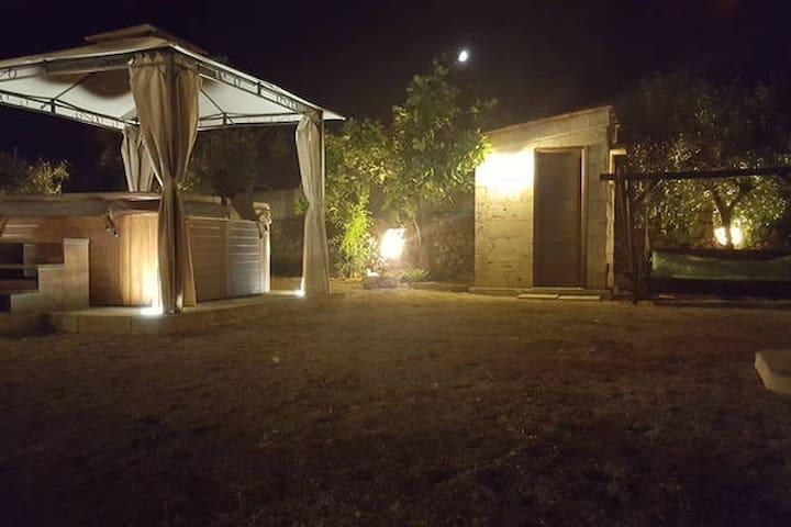 casa in campagna - Taviano - Appartement