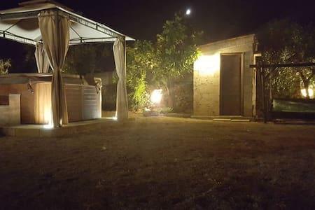 casa in campagna - Taviano