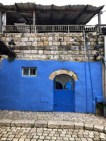 Elements Suite located in the heart of Tzfat.