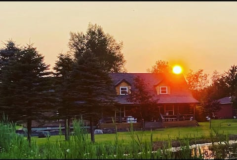 Log Home on 17 Acres w/ Ponds -  Near Frankenmuth