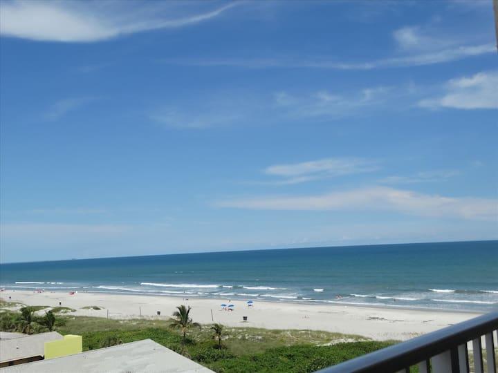Sandcastles BEST VALUE: OCEAN VIEW 704!