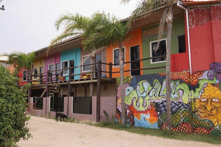 Aptos Privados p/ até 5 pessoas. Praia do Rosa, SC - Imbituba - Apartament