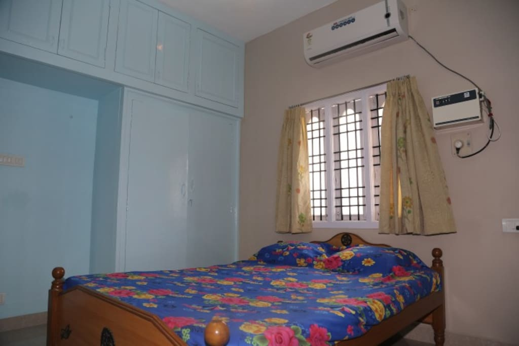 Bed Room With AC