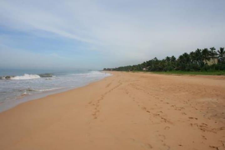 Beach Villa Induruwa
