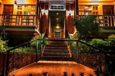 Rangbhang Homestay... - Mirik (Orange Orchard) - Дом