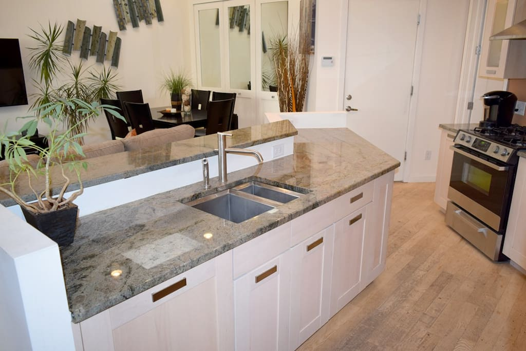 Large Kitchen Island Great For Entertaining