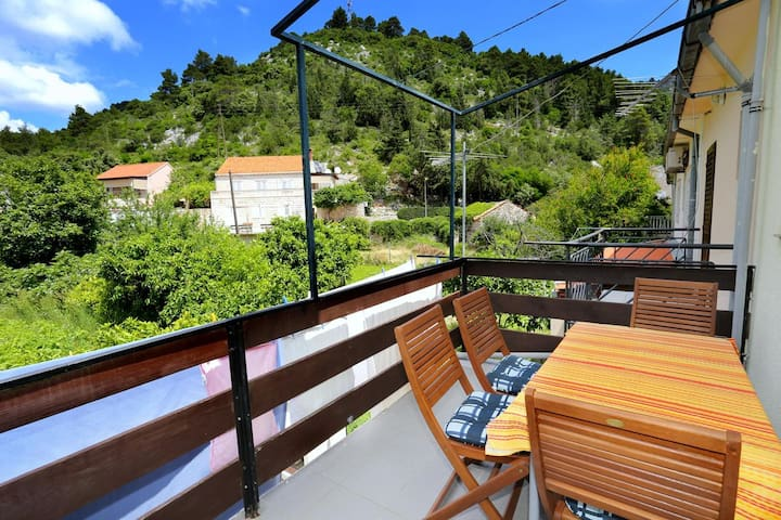 One bedroom apartment near beach Trstenik (Pelješac) (A-4567-a)