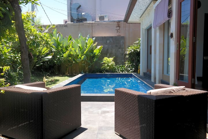 Family Friendly Villa - Beachside Sanur - Denpasar - Casa