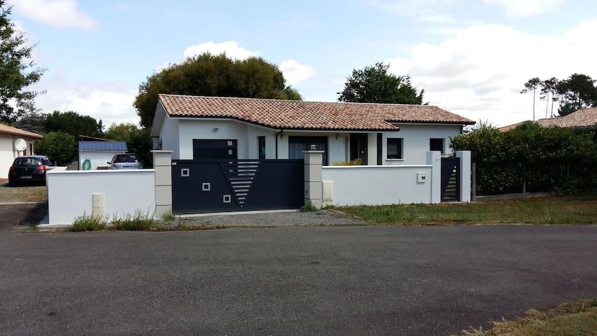 maison moderne proche lacs et plages Mimizan - Saint-Paul-en-Born - Casa