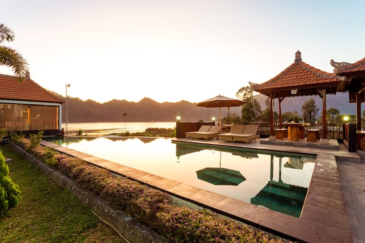 #1 Gorgeous Lake Front Villa at Kintamani Area