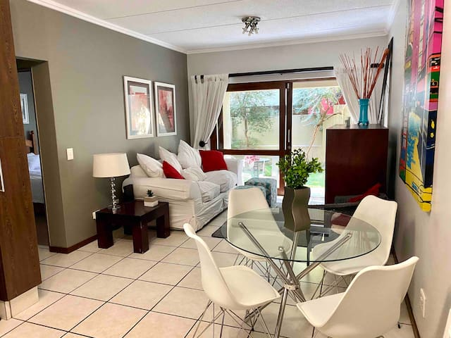Executive & Secure private 1 bed apartment