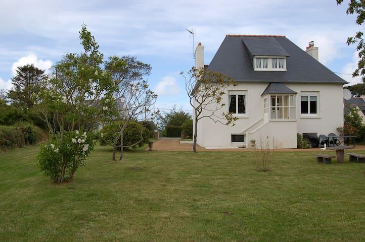 maison a 500 m de la plage - Trévou-Tréguignec - Huis