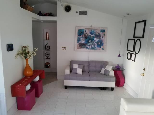 NEW Luxury Desert Retreat Cabin Clean &Comfortable