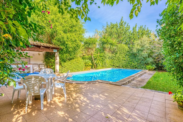 """Holiday Home """"Can Reig"""" with Pool, Garden, Terrace & WiFi; Parking Available"""