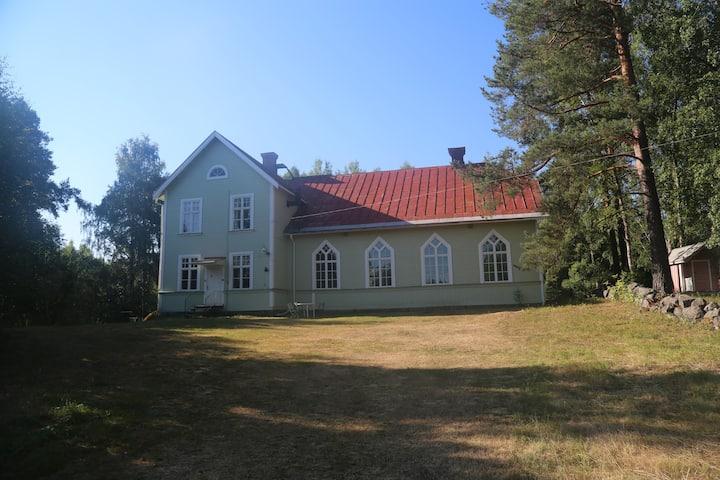 Historische Residenz des schwedischen Priesters
