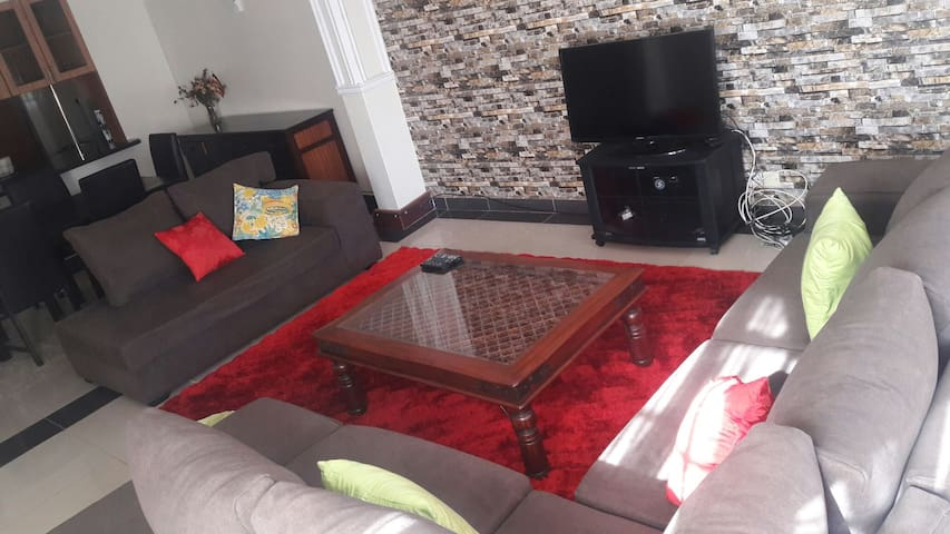 Two bedroom furnished apartment. - Nairobi City - Apartment