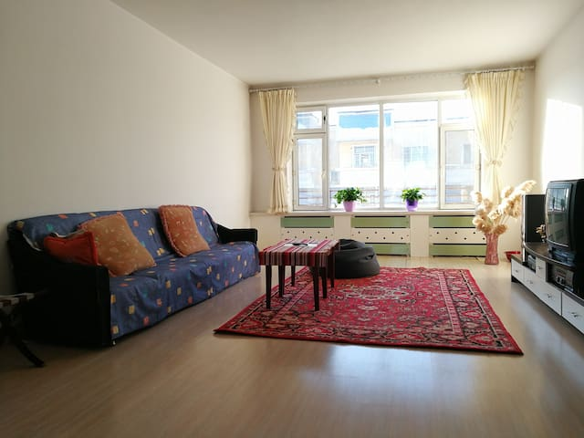 Urumqi机场 150平 静谧单人/家庭房  露台 大床