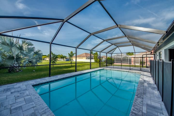 Enjoy Your Own Private Pool in Cape Coral