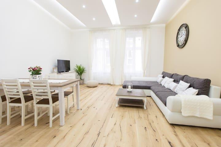 Luxury apartment at Opera - Budapest - Apartemen