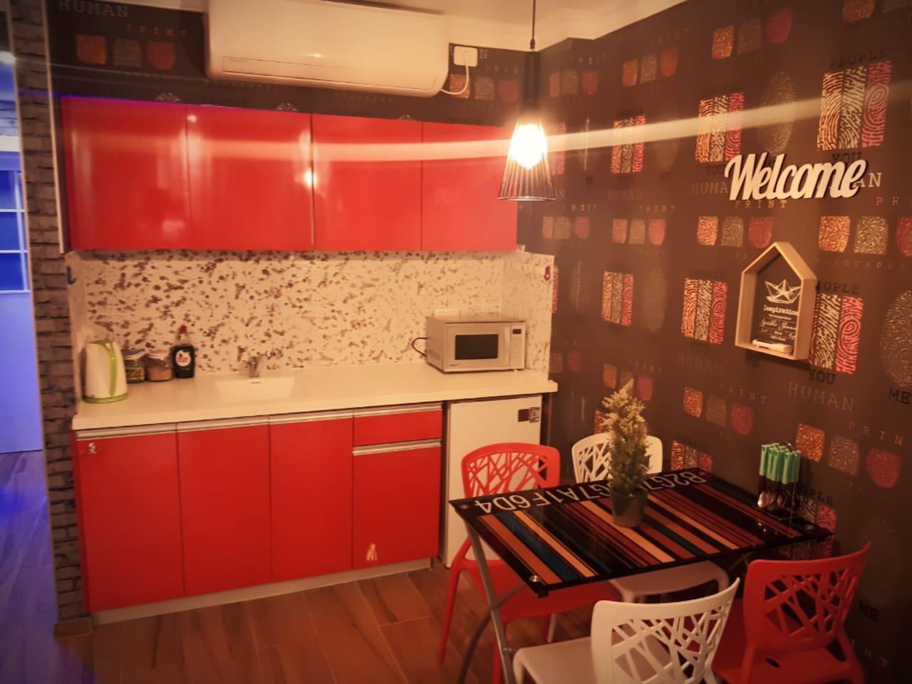 Luxury Apartment Kitchen - City Apartments