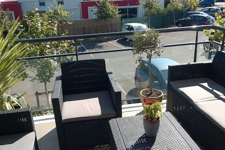 Appartement T2 lumineux avec terrasse - Eysines