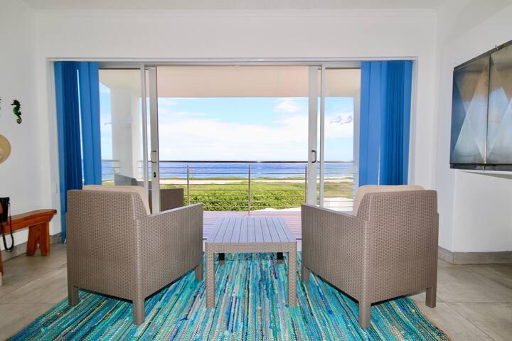 Bay Dreamer ~ seaside holiday home