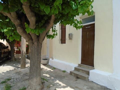 Beautiful Cottage Situated In The Heart Of Crete