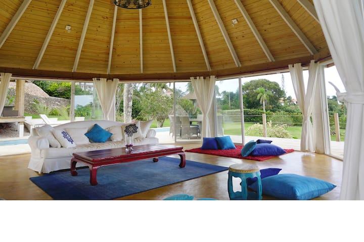 Villa Crystalina - Caribbean Luxury