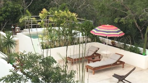 Big loft with private swimming pool aldeazama
