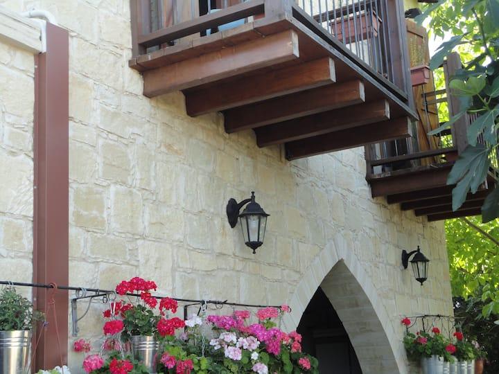 Magdalous Traditional House