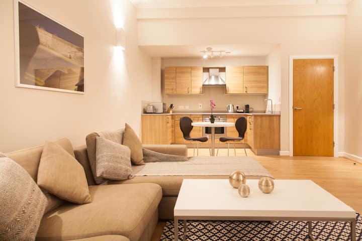 PREMIER SUITES PLUS Glasgow - One Bedroom Suite