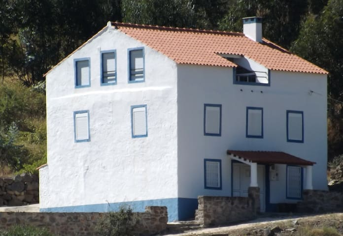 River House in Barca da Amieira