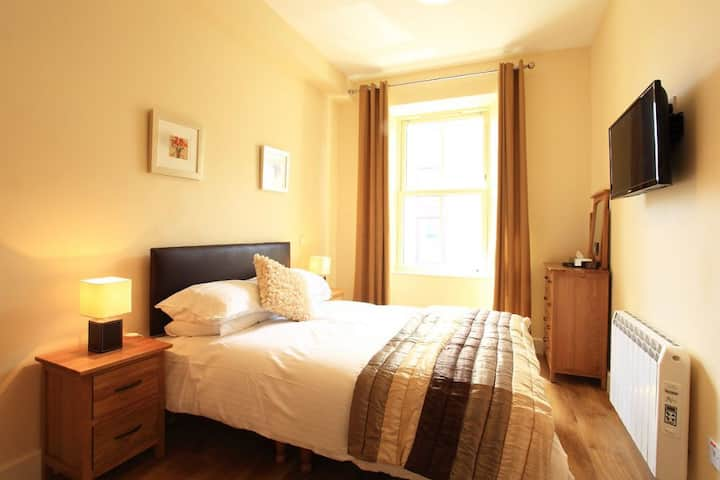 2 bed Apartment in the center of Kenmare