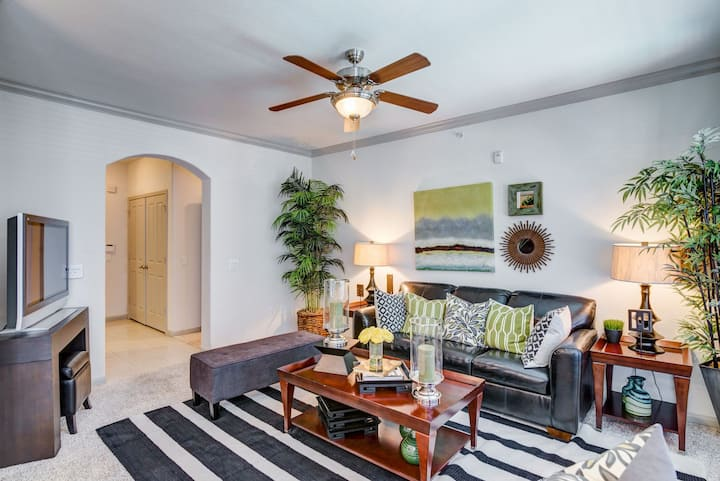 Cozy place to call home | 1BR in Houston