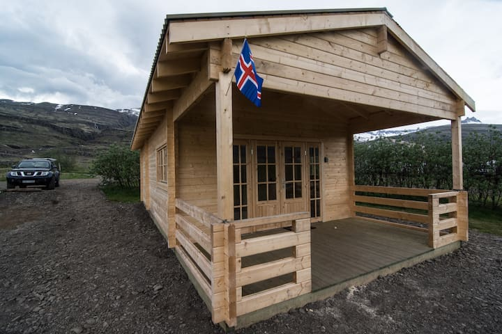 Bragdavellir Cottages - Two bedroom Cottage - Stormur - Djupivogur - Cabin