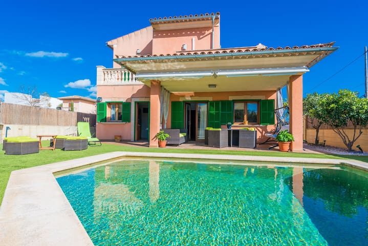 SES PASADORES - Villa with private pool in Porreras. Free WiFi