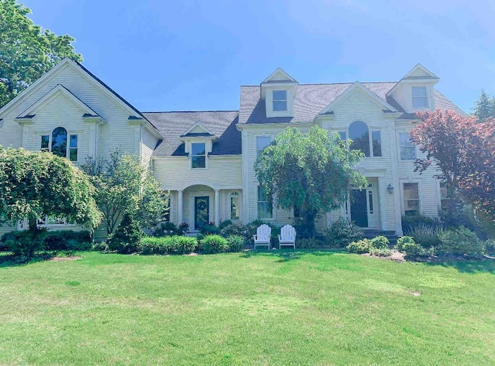 Boston suburb staycation with fireplace & pool