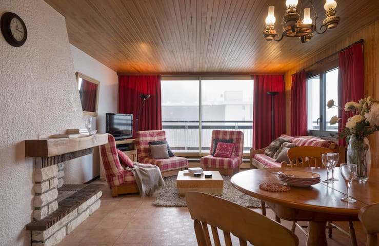 OB801 - Courchevel 1650 - Renovated apartment near slopes