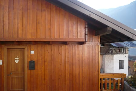 CHALET  IN THE DOLOMITES - Auronzo di Cadore - Kabin