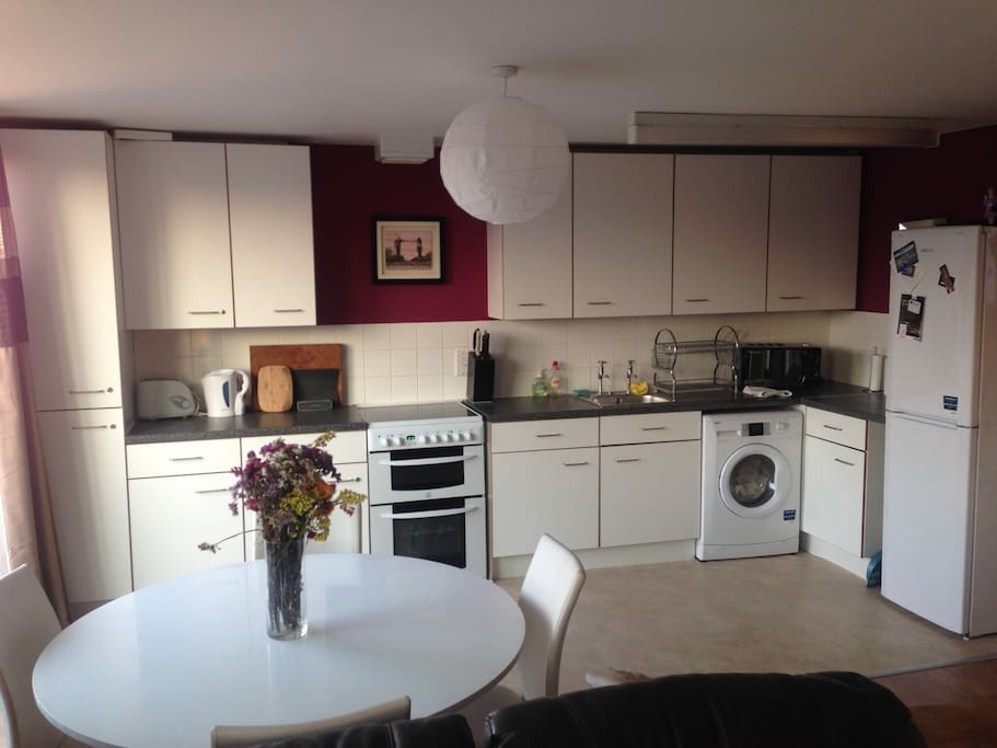 Fully equipped kitchen incl. washing maching