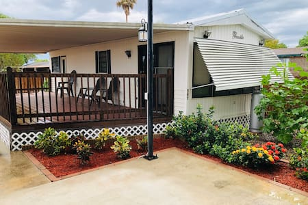 Vacation rental one bed room  & Extra hide a bed