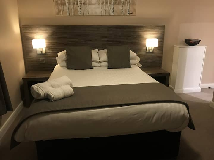 Double Room - The Three Horseshoes