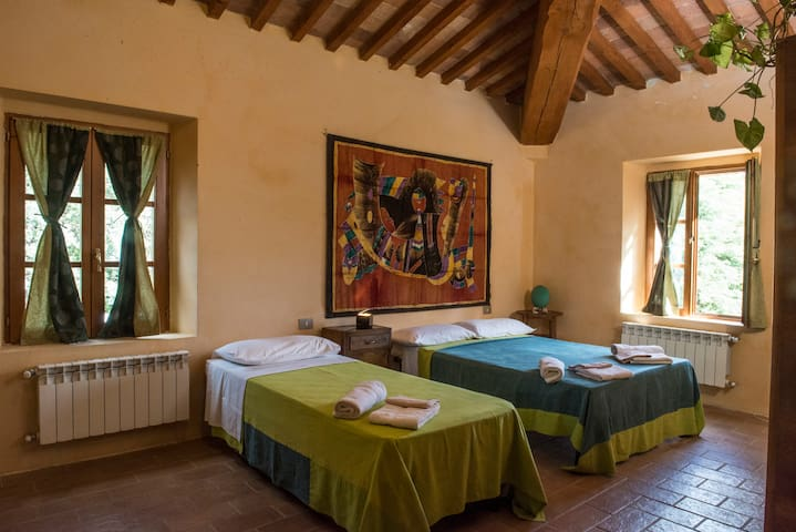 B'n'B Podere Rosignano - Room 2 - Radicondoli - Bed & Breakfast