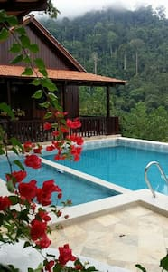 JJ Villa Honeymoonsuite @ DeSerenity - Seremban - Willa