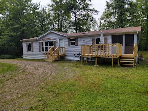 Cozy Retreat in  Woods 15 min to Lake Mille Lacs
