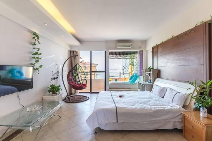 【⑧折特惠】三亚湾椰梦长廊,直观西岛,豪华海景亲子房【带吊椅】